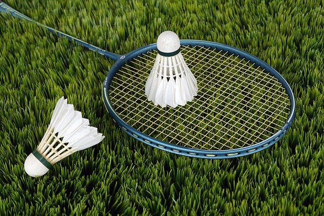 Outdoor badminton